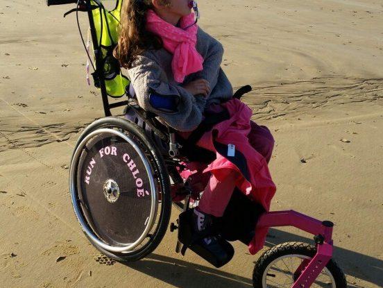 Personne handicapée à la mer