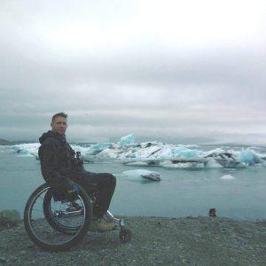 Fauteuil roulant de mouvly en islande
