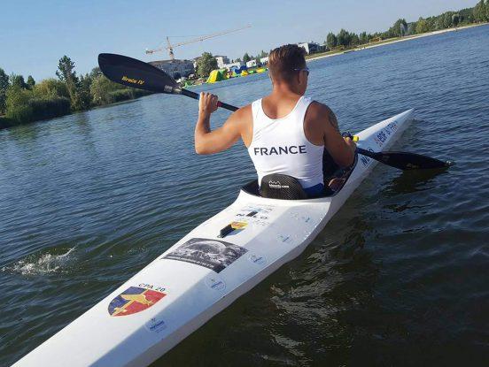 Kayak pour personne à mobilité réduite